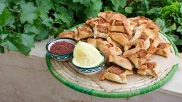 Sfeeha Baalbakeyye (Meat Pies)